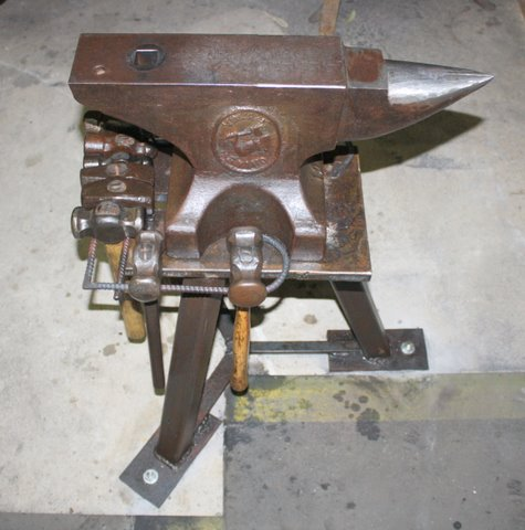 Anvil Stand 3 Jpg Member Galleries I Forge Iron