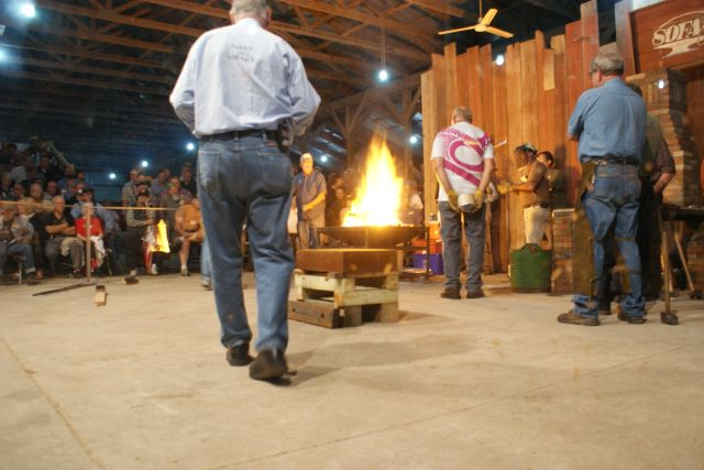Forge Welding the Anvil at Quad State