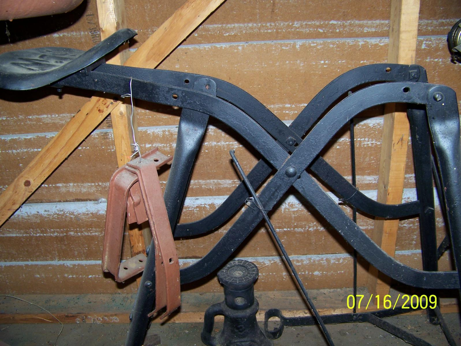 What is it?  Does it go with a Buffalo Forge #210?