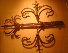 Door hinge, Metropolitan Museum - New York