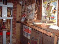 tredle hammer, tool shelf