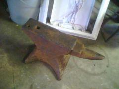Free anvil