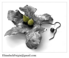 Iron_flower_Fig_leaf_basin_with_pears