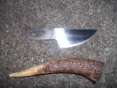 Knife and handle