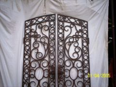 Old n Rusty's Gate