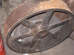 Helve Hammer drive wheel