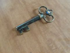 218 Faux key/corkscrew