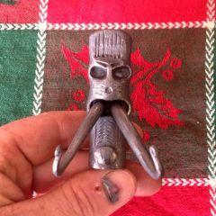 Totem head business card holder