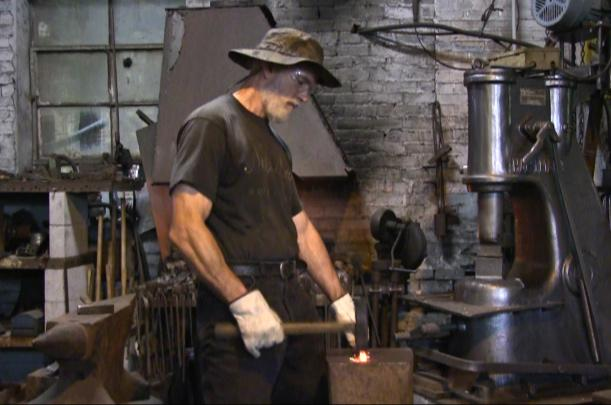hammer-in-action.jpg