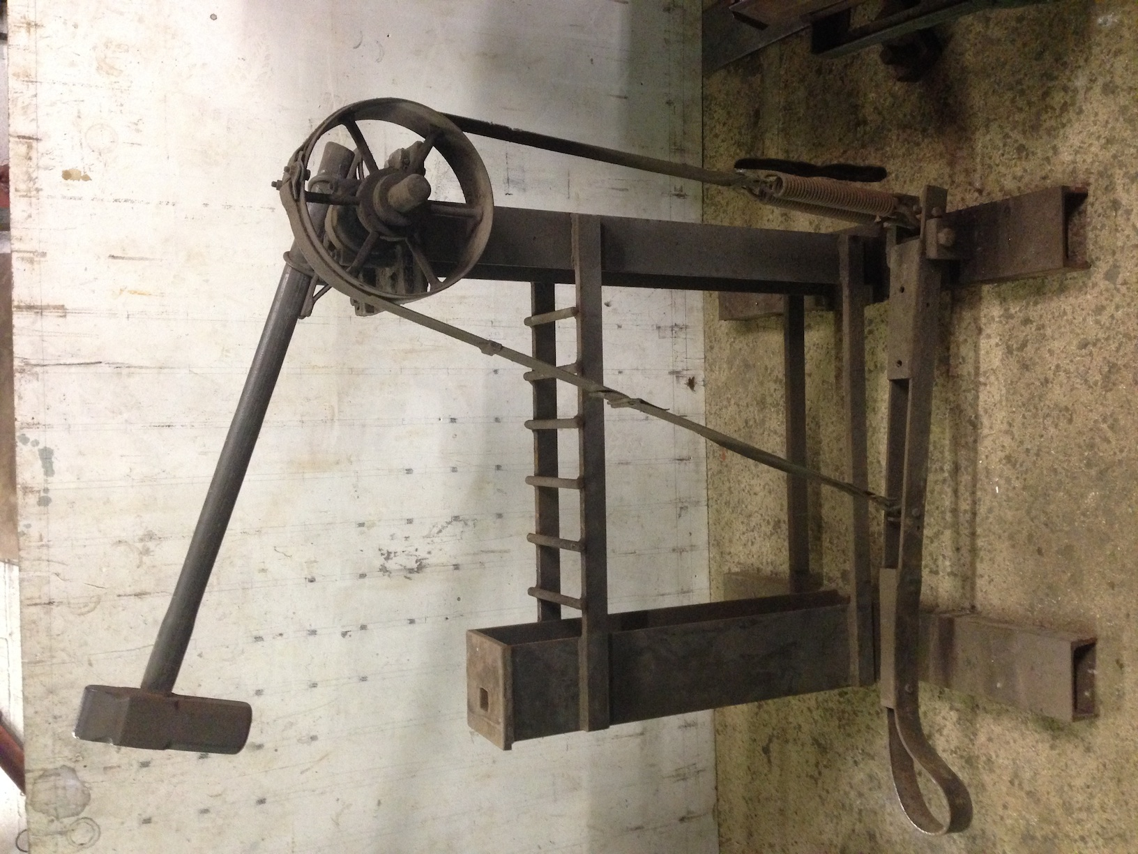 Treadle hammer mechanics? - Power Hammers, Treadle Hammers ...
