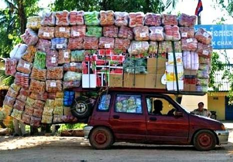 Fully-Loaded-Car-Funny-Overloading.jpg