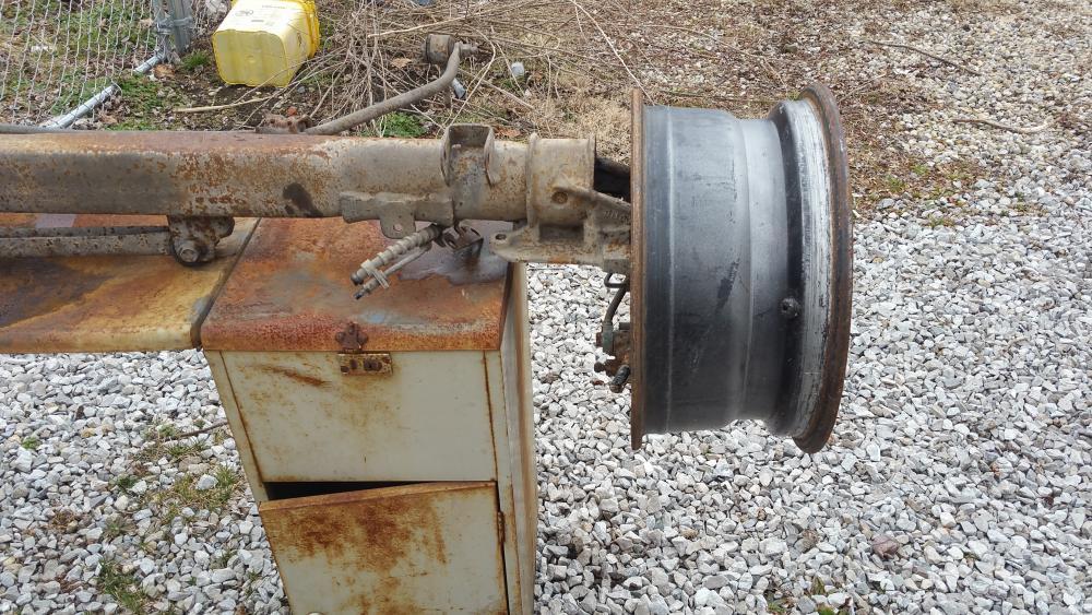 Axle 1.jpg