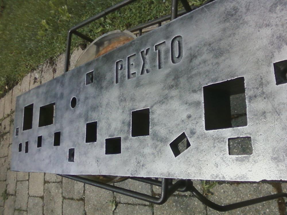 pexto stake.jpg