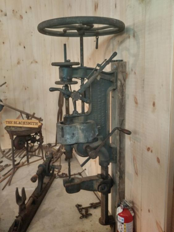20170606_Drill Press right side.jpg