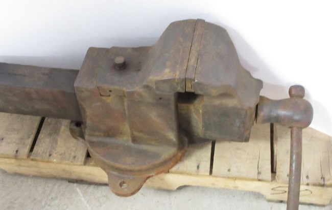 Picked Up This Old 7 Quot Jaw Vise Vises I Forge Iron