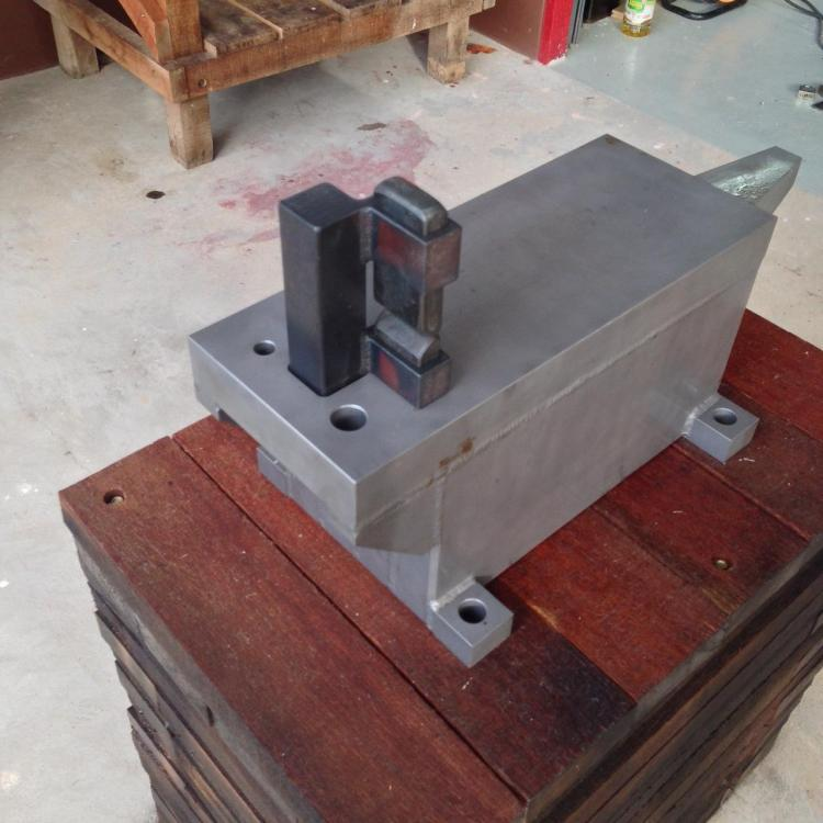 guillotine tool.JPG