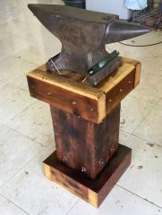 Anvil Stand 2/2