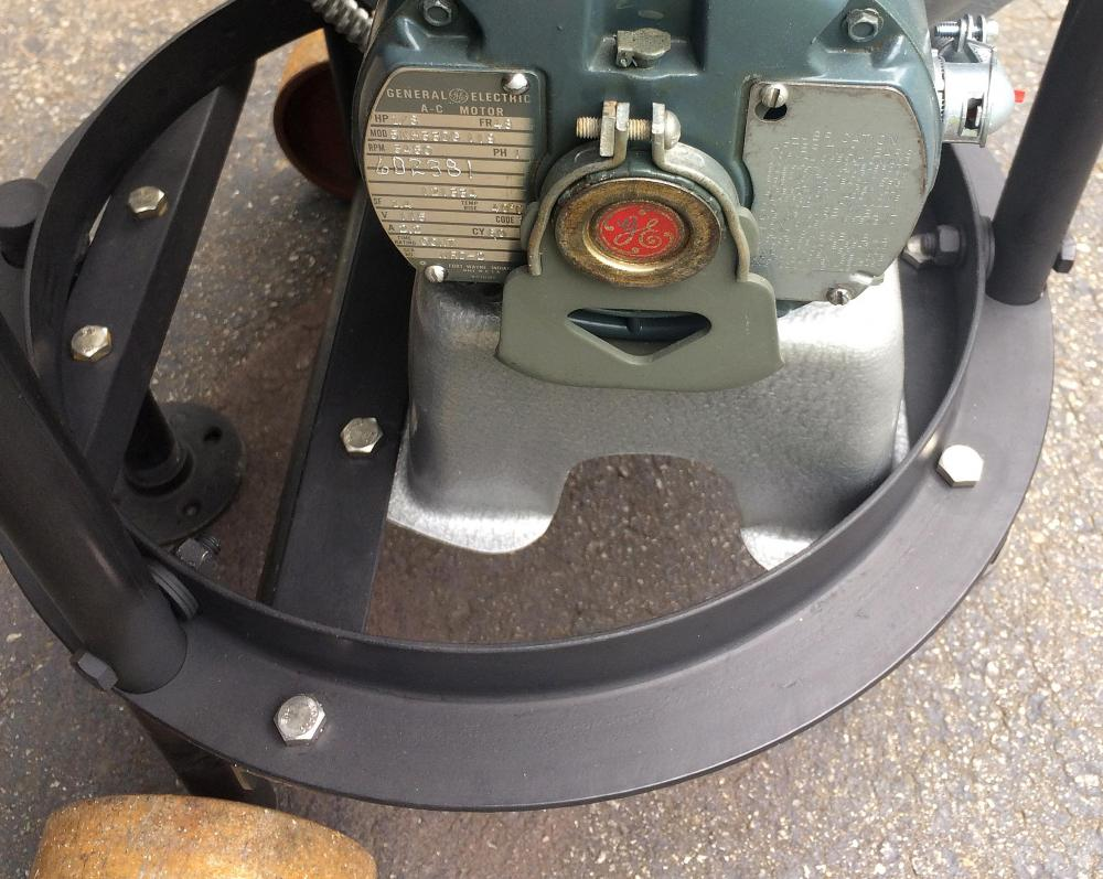 blower-mount.thumb.jpg.7187fa6f10f0022e32e0fb65121529e7.jpg