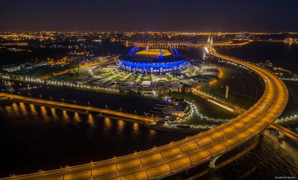 1603-stadion-sankt-peterburg.jpg