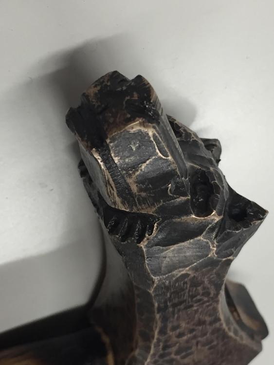 bronzeaxewolfhead.jpg