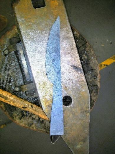 studentknife_resized.jpg