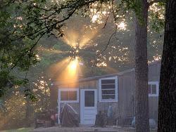 sunrise.jpg.ec48bb1163acc99aae584945d8e5fbda.jpg