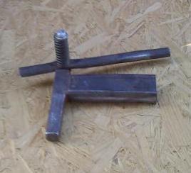 swingarm2crop.jpg.e851109c344eb82cb5f33eb4a60b451d.jpg