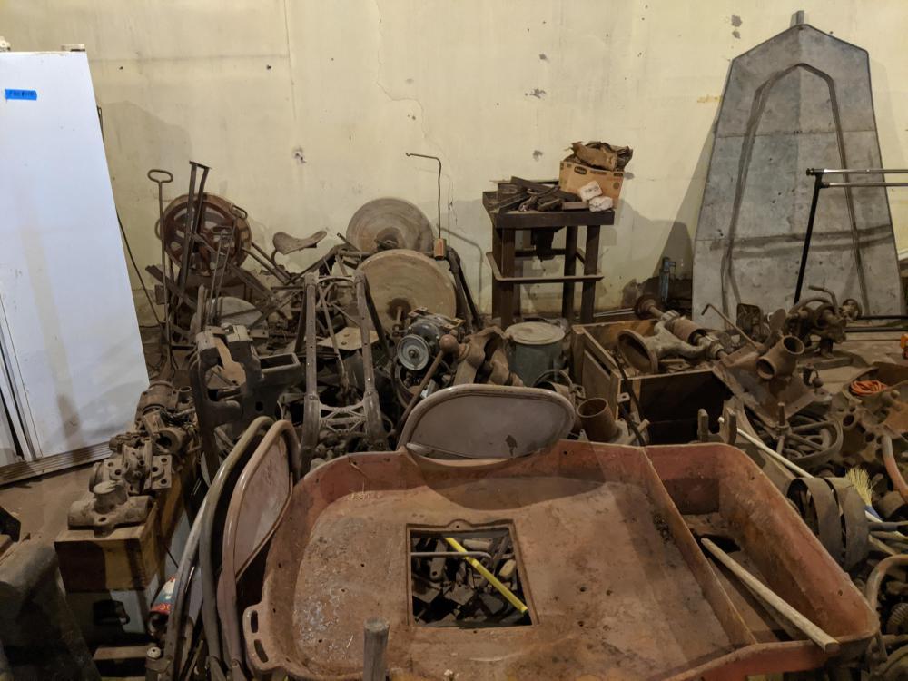 blacksmithpile1.thumb.jpg.dfd87715b90700e648b47621b465a80a.jpg