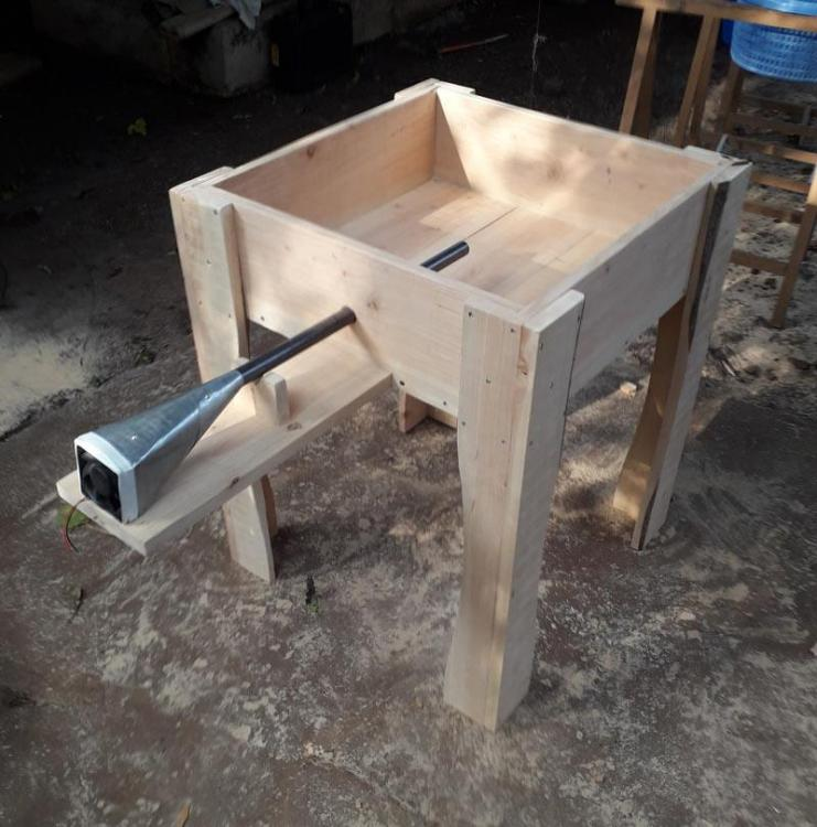 jabod_woodwork.thumb.jpg.2163371efc67bd66e6560470c6116037.jpg