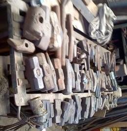 1876889840_hammers7(2).jpg.a9db38aa33f0512bd85a373676f0db07.jpg