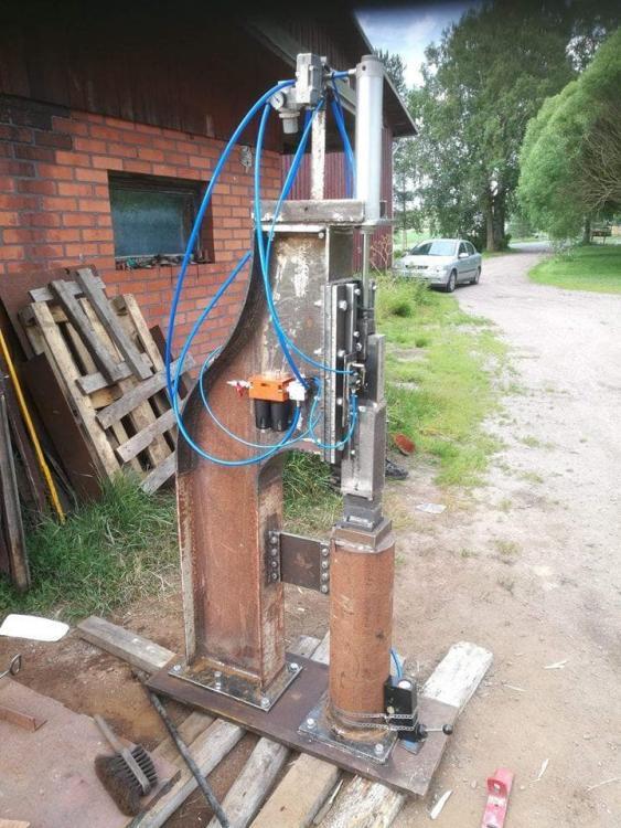 40 kg airhammer.jpg