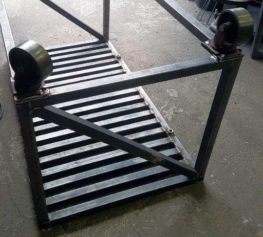metalroller.jpg.b26a8863d94fafbdd85034aa92f16ae2.jpg