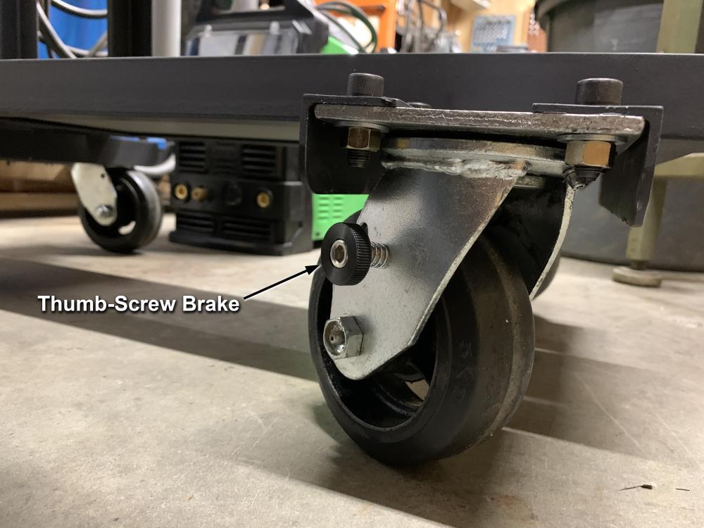 thumb-screw-brake-front-casters.thumb.jpg.83a453c6d9fd5f371f8a8c4a4d0c2a9b.jpg