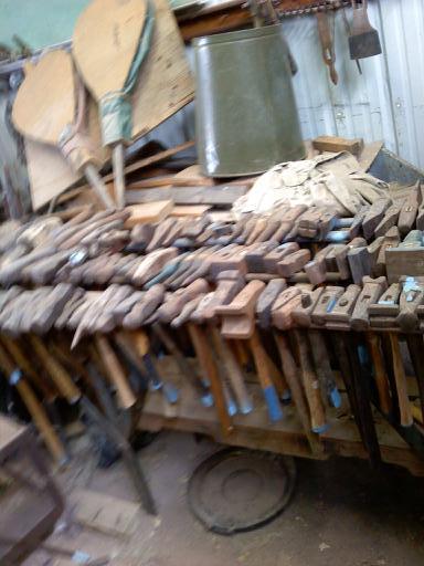 hammerrack4.jpg.1ad8b80728aa36a37e8dbb8e18966497.jpg