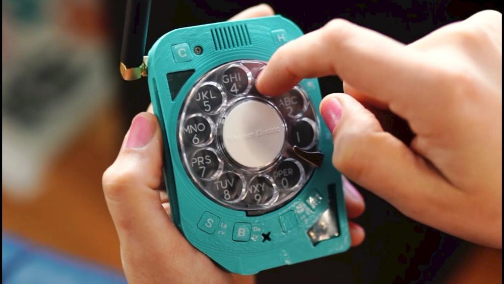 rotary cell phone..jpg